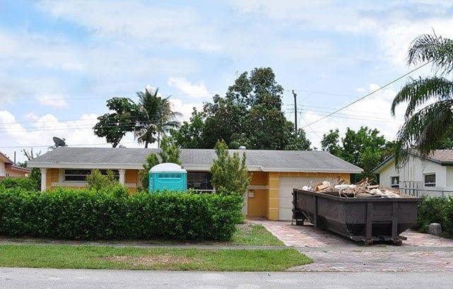 dumpster-in-driveway-e1504889400707-1.jpg