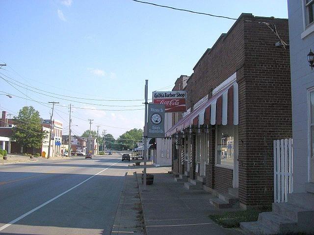 640px-Downtown_shepherdsville