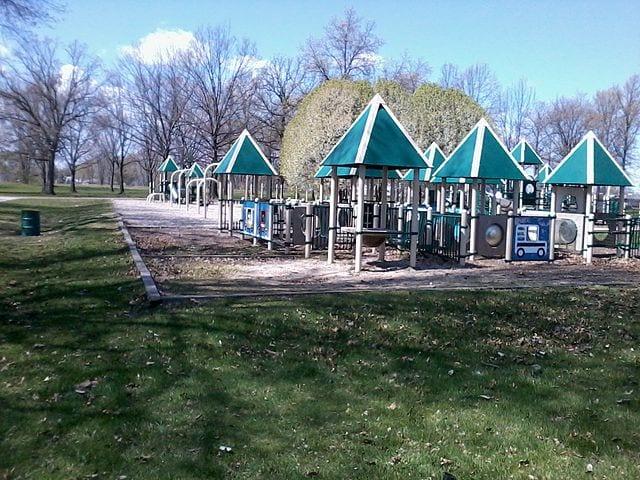 640px-Shaw_Park_Warren_Michigan