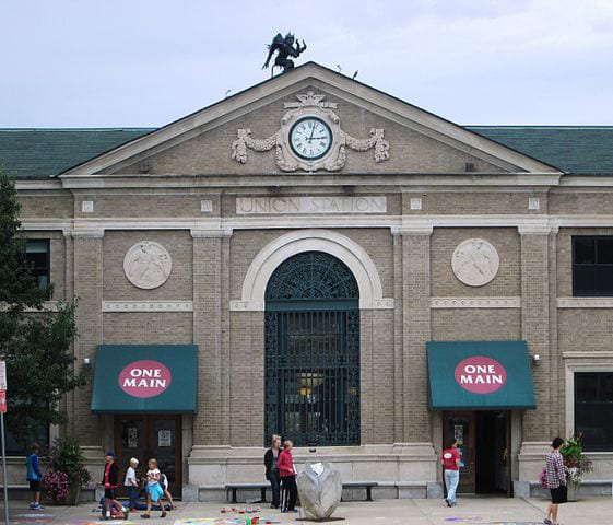 Union_Station_Burlington_Vermont_central_section