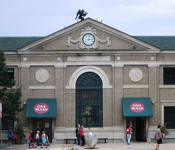 Union_Station_Burlington_Vermont_central_section