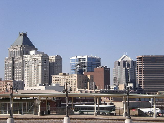 640px-Greensboro_Skyline