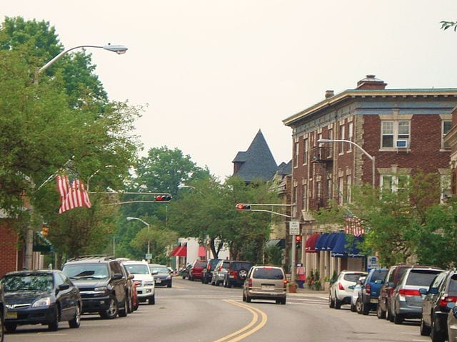 640px-Street_in_Upper_Montclair,_NJ_(2006)